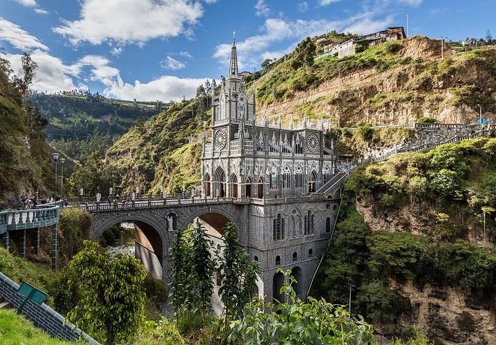 Santuario_de_Las_Lajas