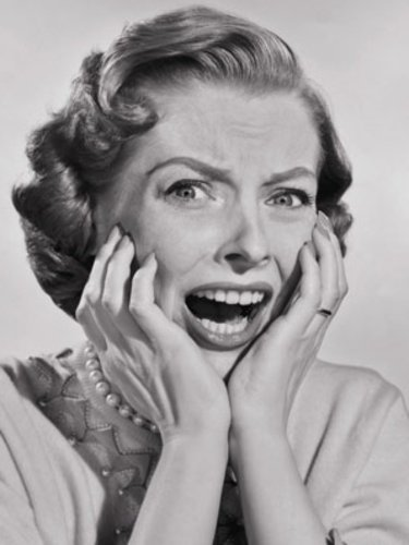woman-screaming-261010-large_new